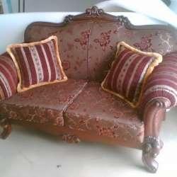 диван с резным деревом_1